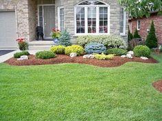 Me encanta compartir con todos ustedes ideas con las que pueden embellecer cada parte de su casa, esta vez le toca el turno a uno de los espacios favoritos en todos los hogares, el jardín. No lo nieguen todas las amas de casa les encanta cuidar de su jardín, mas si tienen flores, sus plantas favoritas, etc. Por eso es que me di a la tarea de buscar propuestas para jardines para entradas y pasillos, las cuales te inspirarán a darle el mejor toque al jardín de tu casa hasta que quede como…