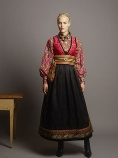 Fantasistakk Traditional Fashion, Traditional Dresses, Norwegian Clothing, Couture, Scandinavian Fashion, Folk Costume, Historical Clothing, European Fashion, Costume Design