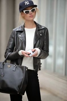 How to Chic: LEATHER JACKET
