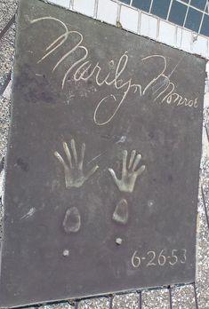 Hisaya-Ôdôri Park - Marilyn Monroe Handprints.jpg