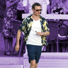 Michael Fassbender's Post-Wedding Style Is Exactly How You Should Dress for Your Next Vacation | GQ