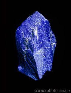 Lapis Lazuli - Promotes psychic opening, clairvoyance.