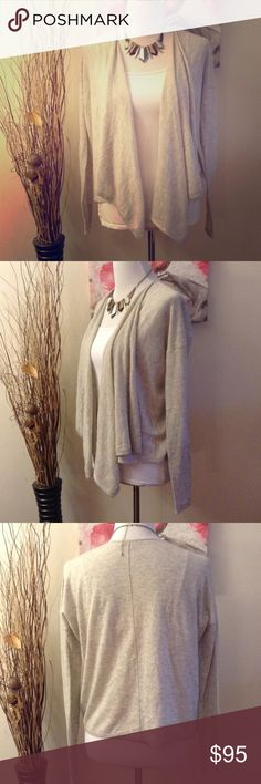 CALYPSO ST. BARTH GRAY 100% CASHMERE CARDIGAN CALYPSO ST. BARTH GRAY 100% CASHMERE CASCADING CARDIGAN IN SIZE SMALL. LONG SLEEVE. SHORTER LENGTH AND CASCADING OPEN FRONT. PERFECT CONDITION! RETAILS FOR $295 Calypso St. Barth Sweaters Cardigans