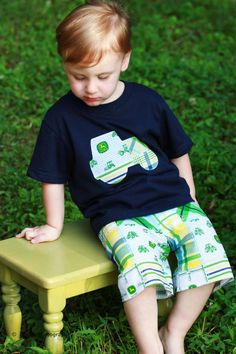 Boys John Deere Tee and Shorts- John Deere- Boy birthday outfit- boy tractor outfit on Etsy, $25.00