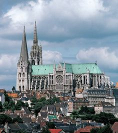 chartres cathedral is probably my all-time favorite gothic cathedral. #chartres #cathedral #france