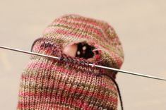 How to repair a worn out heel on a handmade sock--NO darning  ! from http://cookiea.com/news/2012/07/repairing-socks/#