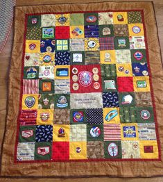 "Beautiful quilt made for an Eagle Scout Court of Honor (not exactly ""CUB"" Scouts. but it's what I've got right now). Maybe for Wayne someday! Tiger Scouts, Cub Scouts, Girl Scouts, Cub Scout Badges, Cub Scout Patches, Eagle Scout Ceremony, Eagle Project, Scout Mom, Scout Activities"