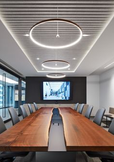 Industrial Office Design, Modern Office Design, Office Interior Design, Office Interiors, Modern Offices, Open Concept Office, Conference Room Design, Luxury Office, Commercial Design