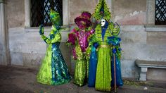 Neon Green - Carnival in Venice 2012 Carnival Of Venice, Beautiful Mask, Neon Green, Masquerade, Masks, Wallpaper, Painting, Dance, Beauty