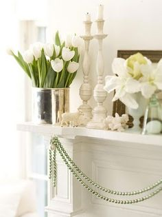 white tulips in silver and mercury glass Christmas Mantels, Little Christmas, Country Christmas, All Things Christmas, White Christmas, Vintage Christmas, Christmas Holidays, Christmas Decorations, Xmas