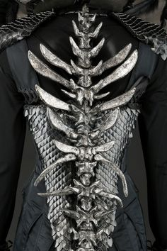 Mother Malkin's Double Vertebrae Dress Costume worn by Juliette Moore in Seventh Son Dark Fashion, Gothic Fashion, 3d Fashion, Character Inspiration, Style Inspiration, Cool Outfits, Fashion Outfits, Halloween Disfraces, Character Outfits