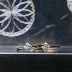 Or Rose, Rose Gold, Diamond Earing, Ear Studs, White Gold Diamonds, Pretty Flowers, Flower Designs, Jewelry Making, Rings