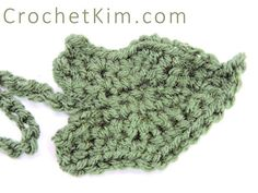 Crochet Flowers 20 FREE Crochet Leaf Patterns for Every Season: Pumpkin Leaf Free Crochet Pattern - Here are links to 18 free crochet leaf patterns for spring, autumn and year-round. Traditional crochet leaves, as well as funkier designs, are included. Crochet Leaf Free Pattern, Crochet Pumpkin Pattern, All Free Crochet, Unique Crochet, Crochet Flower Patterns, Crochet Motif, Crochet Ideas, Crochet Appliques, Crochet Bunting