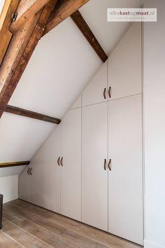 Interior Garden, Interior Design, Attic Closet, Fitted Wardrobes, Attic Design, Loft Room, Attic Rooms, Wardrobe Design, Bedroom Inspo