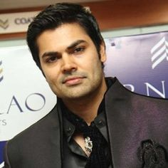 Ganesh Venkatraman (Indian, Film Actor) was born on 20-03-1980. Get more info like birth place, age, birth sign, bio, family & relation etc.