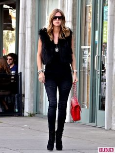 Google Image Result for http://cdn03.cdnwp.celebuzz.com/wp-content/uploads/2011/01/27/Nicky-Hilton-in-Skinny-Jeans-435x580.jpg