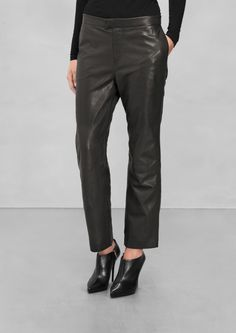 &Other stories Made from buttery leather, these relaxed trousers have a cropped fit, side seam pockets, and a concealed zip and hook closure. Black Leather Pants, Leather Trousers, Who What Wear, Dame, Ready To Wear, Product Launch, Style Inspiration, My Style, Swimwear