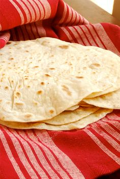 oh how i miss homemade flour tortillas, i loved making them and the smell that would fill the house was perfection