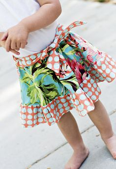 This Happy, playful skirt pattern is a great addition to your little one's summer wardrobe. Pattern is so easy and fun, you'll want to make at least one for every girl you know! Pattern includes: -ALL 8 Sizes (3/6 months, 6/9 months, 12/18 months, 2T, 3t, 4, 5 & 6) -Step by step, clear instructions with pictures -Glossary of sewing terms