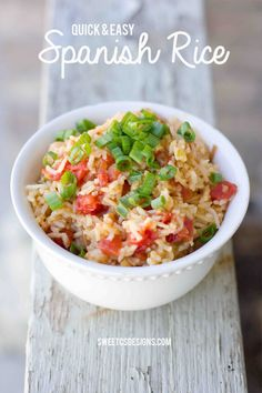 The Best Spanish Rice Ever - this recipe is so easy to make, totally delicious, and a great gluten free crowd pleaser!