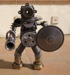 Welding Art Projects, Metal Projects, Metal Crafts, Robot Samurai, Metalarte, Steampunk Robots, Sculpture Metal, Arte Robot, Steel Art