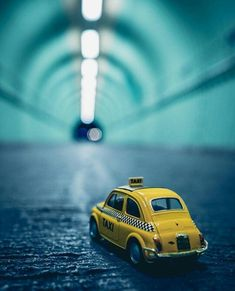 Miniature Photography, Cute Photography, Travel Photography, Minis, Rodan And Fields Reverse, Miniature Cars, Types Of Colours, Tanning Bed, Arte Pop