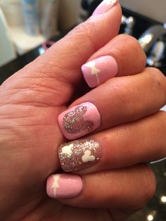 Disney Themed Nail Art Ideas 21 Visit the post for more. Shellac Nails, Toe Nails, Nail Polish, Acrylic Nails, Disney Nail Designs, Nail Art Designs, Design Art, Disney Princess Nails, Disney Gel Nails