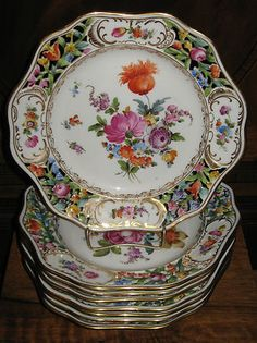 Set of 8 Antique floral reticulated Dresden Germany porcelain plates in excellent condition. Antique Dishes, Antique Plates, Vintage Dishes, Antique China, Vintage Plates, Vintage China, Dresden Porcelain, Fine Porcelain, Dresden China