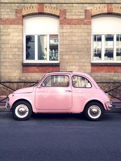 Love a vintage fiat 500 especially a pink one! Pink Love, Pretty In Pink, Rose Pale, I Believe In Pink, Cute Cars, Jolie Photo, Everything Pink, Pastel Pink, Pink Pink Pink