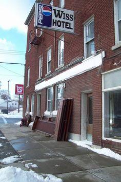 Wiss Hotel, Leroy, NY