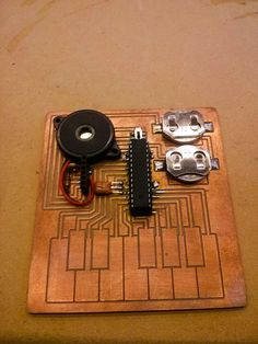File:CapacitiveSynth made by Owen at Other Machine Co., February 2015 (8-bit Synth based on Arduino & Capacitive Touch Keyboard etched on Othermill).jpg