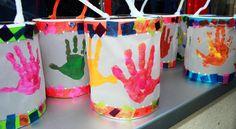 Afbeeldingsresultaat voor laternen im kindergarten Diy And Crafts, Crafts For Kids, Arts And Crafts, Lantern Crafts, Cadeau Parents, Lantern Festival, Saint Martin, Unicorn Crafts, Autumn Crafts