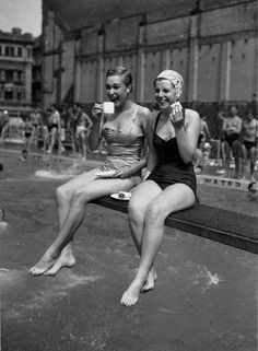 Tea break at the Holborn Oasis - an outdoor swimming pool in London, 1955