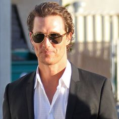 Matthew McConaughey!!  I'm sorry, but he was just too cute to not PIN! lol..
