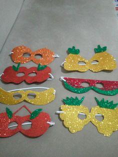 Pisss Theme Carnaval, Diy For Kids, Crafts For Kids, Diy Paper, Paper Crafts, Fruit Crafts, Paper Mache Mask, Kindergarten Art Projects, Best Masks