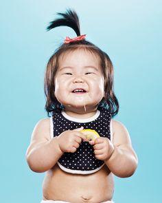 El adorable viral de bebés comiendo limón a cámara lenta que está cautivando a YouTube 8