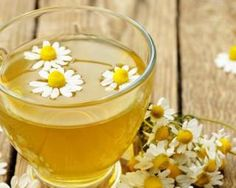 How to stop sneezing fits? How to stop sneezing attack? How to stop sneezing? Stop allergy sneezing attack. Remedies For Menstrual Cramps, Cramp Remedies, Chamomile Tea Benefits, Grog, Bleached Hair, Natural Home Remedies, Tea Recipes, Detox Tea, Healthy Recipes