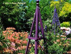 Obelisk in purple and blue