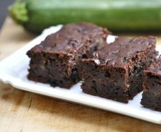 This is by far the most delicious and healthy brownies recipe ive ever tried. One of the best parts of this is that it incorporates the great vitamin rich vegetable Zucchini. Healthy Zucchini Brownies, Chocolate Zucchini Bread, Chocolate Muffins, Chocolate Cake, Zucchini Loaf, Zucchini Muffins, Bounty Chocolate, Decadent Chocolate, Delicious Chocolate