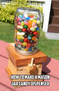 Making your own candy dispenser can be a lot of fun. A few scrap pieces of wood are all you will need to make yourself a simple mason jar candy dispenser. Wood Projects For Kids, Kids Wood, Cool Diy Projects, Wooden Projects, Project Ideas, Craft Ideas, Mason Jar Candy, Mason Jar Gifts, Mason Jar Diy