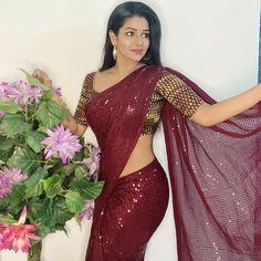 Beautiful Bollywood Actress, Most Beautiful Indian Actress, Beautiful Actresses, Beauty Full Girl, Beauty Women, Saree Models, Beautiful Girl Photo, Indian Beauty Saree, Party Wear Sarees