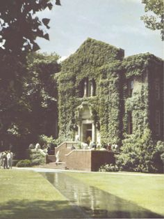 Oregon Hall 1950. From the 1950 Oregana (University of Oregon yearbook). www.CampusAttic.com