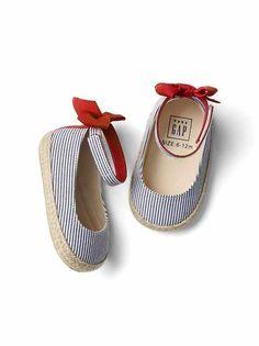 Baby:shoe shop|gap