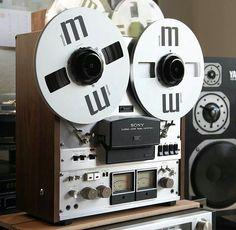 Sony TC 765