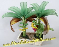 Flores con medias panty -- www.Fleursdesiametailleurs.com