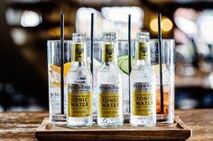 Fever Tree, une gamme de tonics et limonades !   #alainntours #tonic #fevertree #paysceltes   © Hotel du Vin Bistro Le Gin, Bistro, Tonic Water, Candles, Lineup, Wine, Lemonade, Pillar Candles, Lights