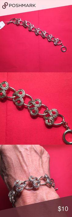 """Silver bracelet Very pretty silver bracelet. NWT. Liz Claiborne. 7"""" end to end. Liz Claiborne Jewelry Bracelets"""