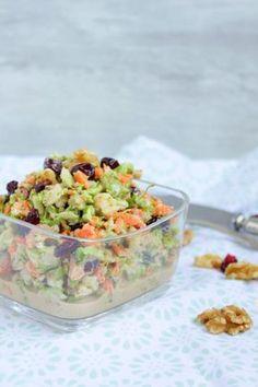 Hallo Ihr Lieben ❤️ Brokkoli Salat ist so lecker ! Brokkoli ist ein wahrer Magnesiumlieferant. Ebenso ist er reich an Calcium, Karotin und Vitamin C. Kurzum: Er ist einfach unglaublich gesund. Dies…