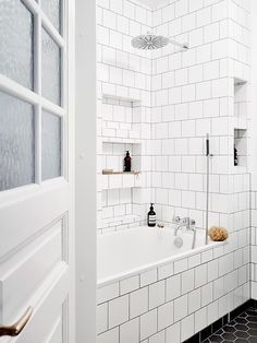 Black and white bathroom design with lots of built in tile storage cubbies // Scandinavian interior of an art lovers dream Bathroom Renos, Bathroom Interior, Small Bathroom, White Bathroom, Budget Bathroom, Apartment Interior, Tile Bathrooms, Master Bathroom, Bathroom Ideas