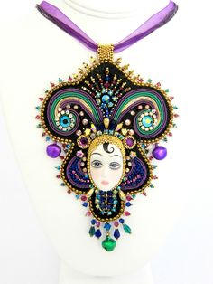Mardi Gras Queen of the Ball Beaded Necklace